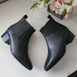 SAS Chelsea Black Leather Ankle Boots